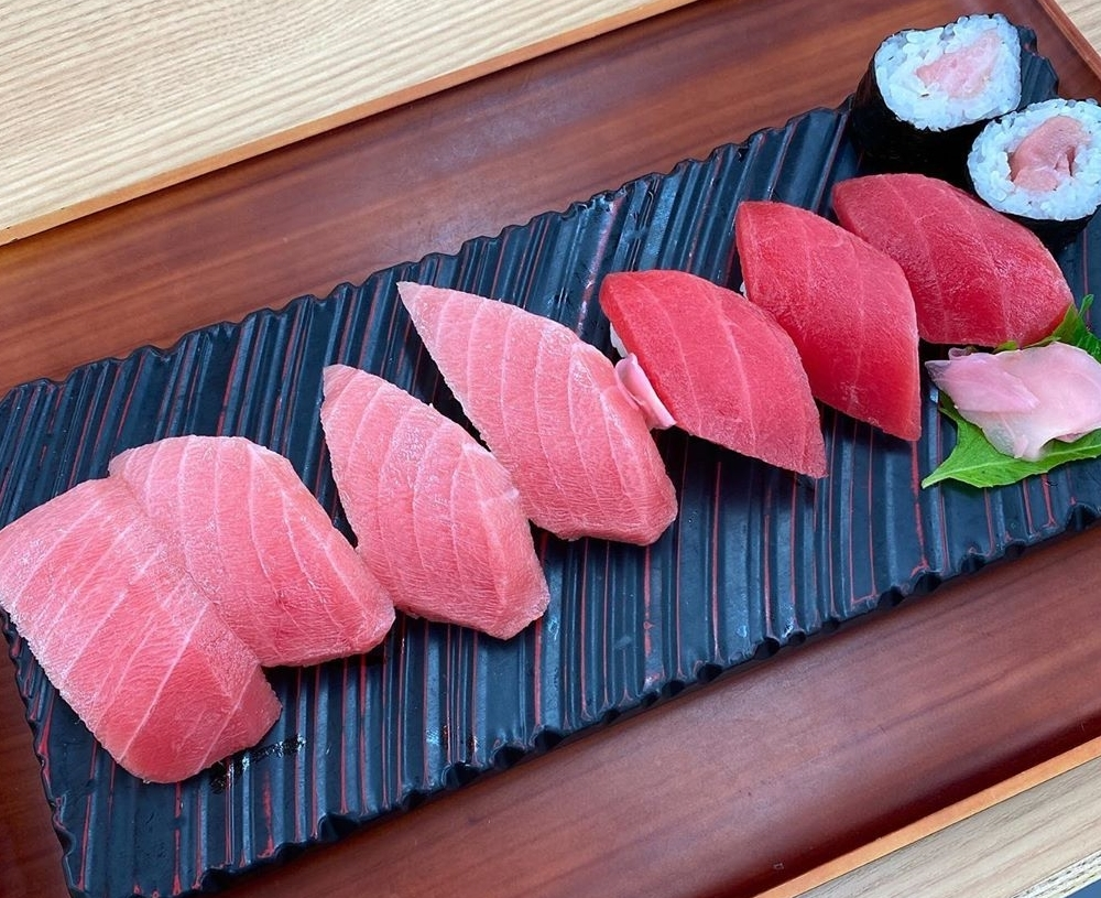 まぐろパーク 本まぐろ寿司盛合せ